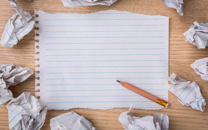 انتخاب شعار تبلیغاتی کاغذ و مداد